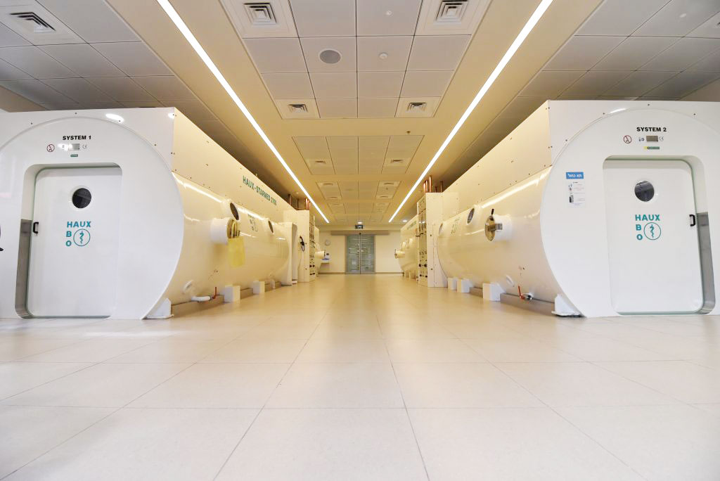 Image: HBOT lounges at the Sagol Center for Hyperbaric Medicine and Research (Photo courtesy of Shamir Medical Center)