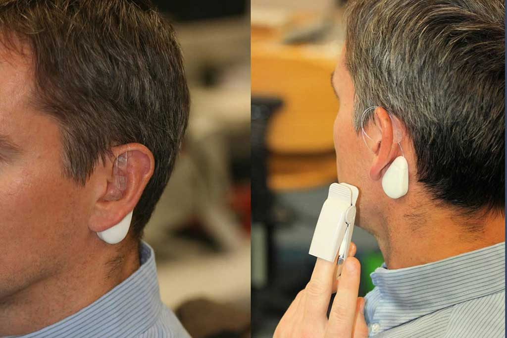 Image: Electrical pulses in the ear can reduce chronic pain (Photo courtesy of TU Wien)