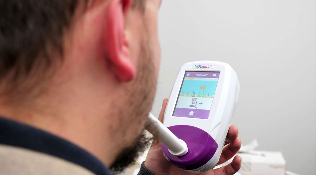 Image: The NObreath FeNO monitor measures airway inflammation (Photo courtesy of Bedfont Scientific)