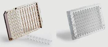 В комплекте suPARnostic измерения проводятся методом твердофазного иммуноферментного анализа (ELISA), который выполняется меньше чем за два часа, чтобы получить надежные и воспроизводимые результаты. На фото представлены Standard suPARnostic ELISA - 41 образец в двух идентичных экземплярах, пять точек на стандартной кривой; Flex suPARnostic ELISA  полностью блочно-модульного исполнения - 24 × 1, 12 × 5 или 93 образца, количественные результаты обеспечиваются меньше чем за два часа (фото любезно предоставлено Rafer SL).