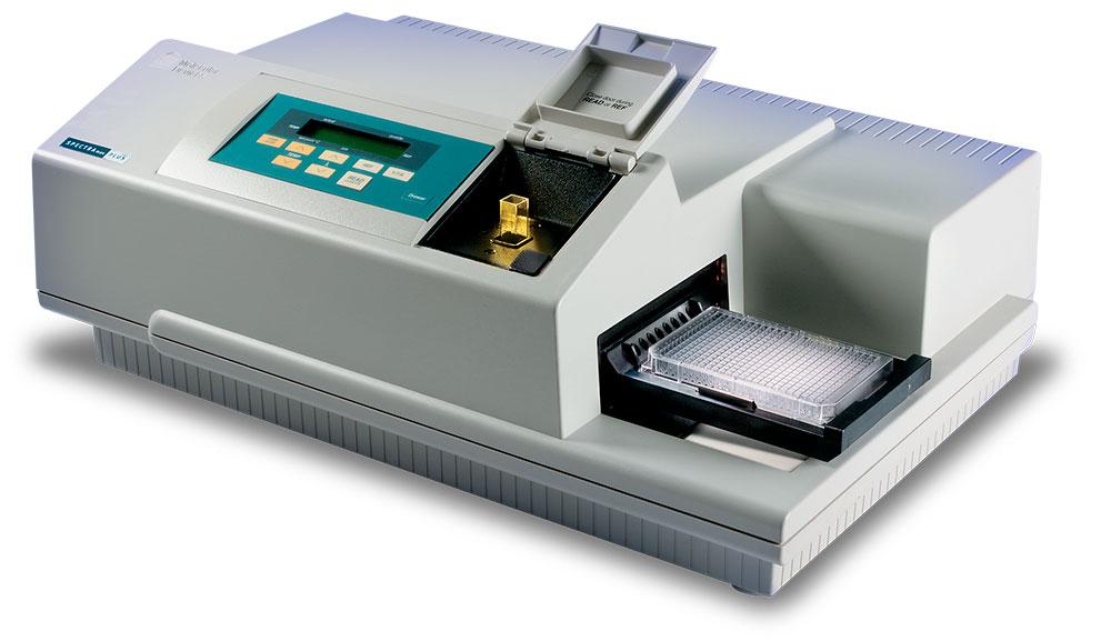 Микропланшетный ридер SpectraMax Plus 384 (фото любезно предоставлено компанией Molecular Devices).