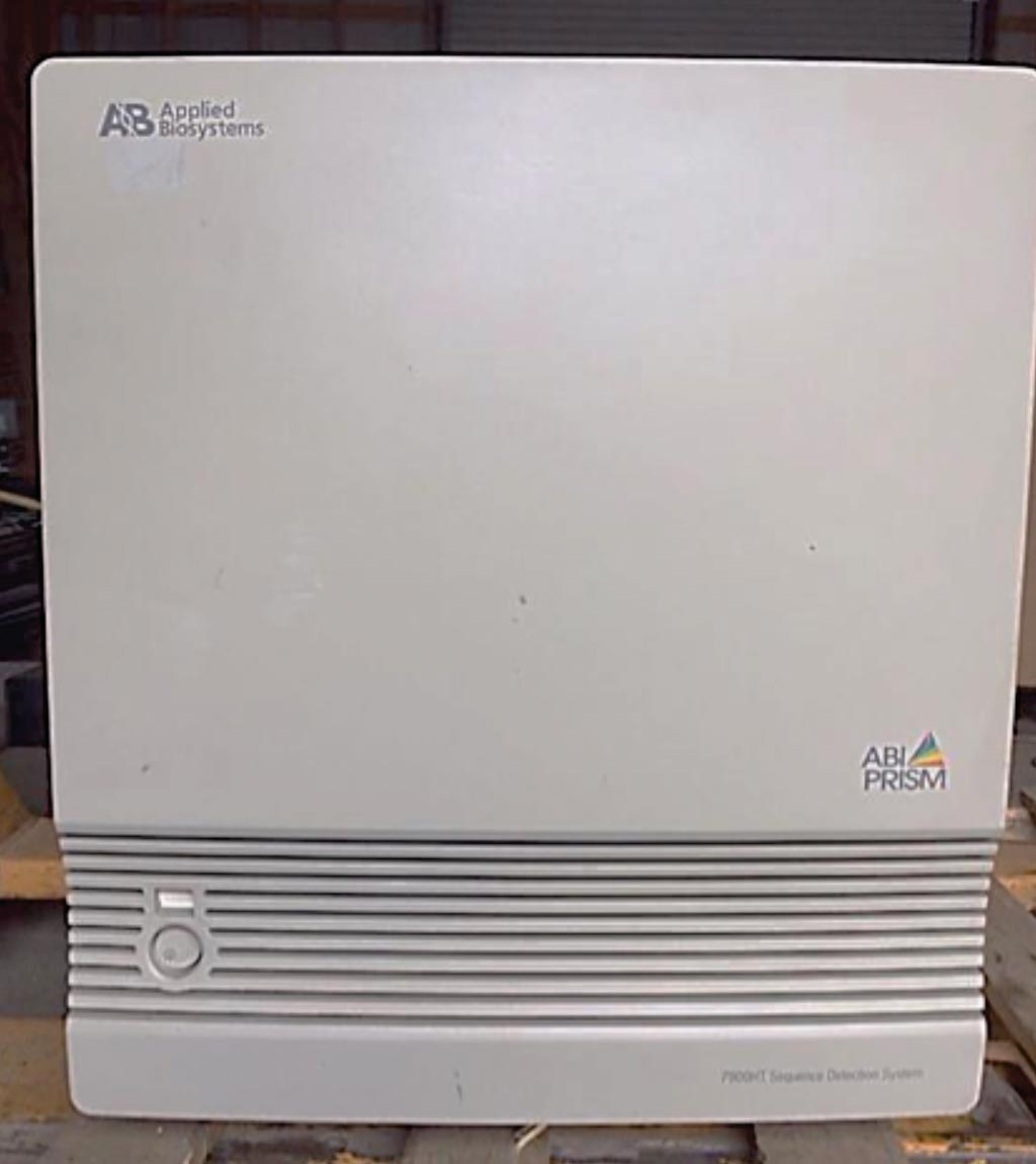 Секвенатор Abi Prism 7900 HT (фото любезно предоставлено Applied Biosystems).