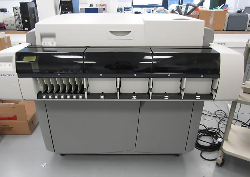 Image: The Abbott Architect i2000SR immunoassay analyzer (Photo courtesy of Abbott Diagnostics).