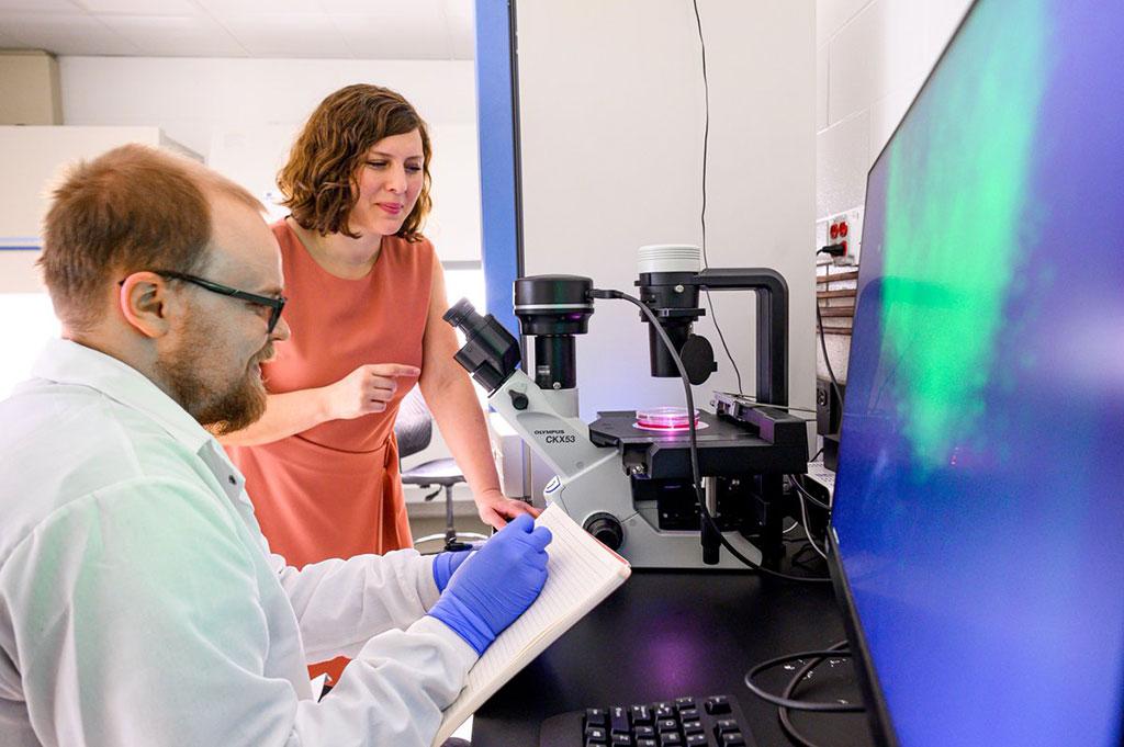 Image: Professor Zorlutuna in the lab (Photo courtesy of University of Notre Dame)