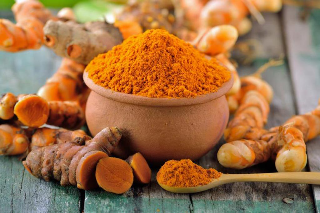 Image: Curcumin, a component of the common spice turmeric, could be the key to killing treatment-resistant neuroblastoma tumor cells (Photo courtesy of iStock).