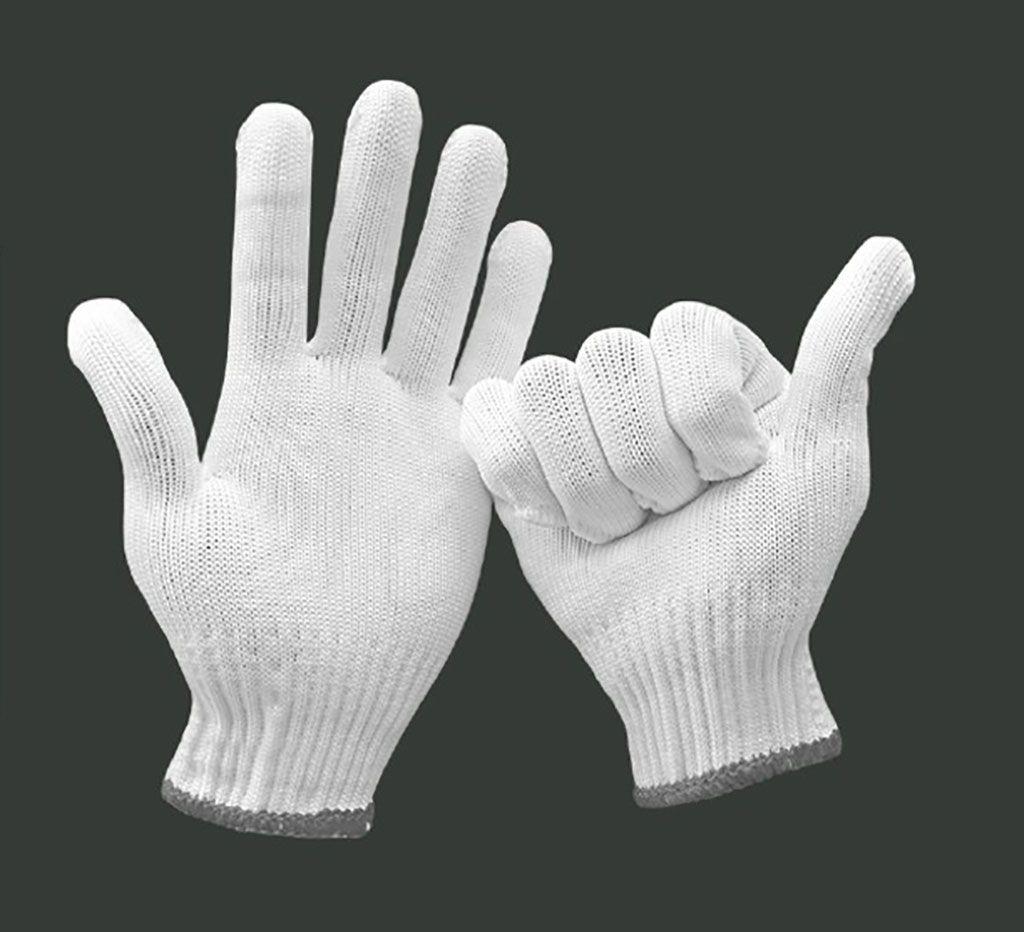 Imagen: Los guantes BlocAid bien han sido incrustados con zinc para matar patógenos (Fotografía cortesía de GHS Holdings)