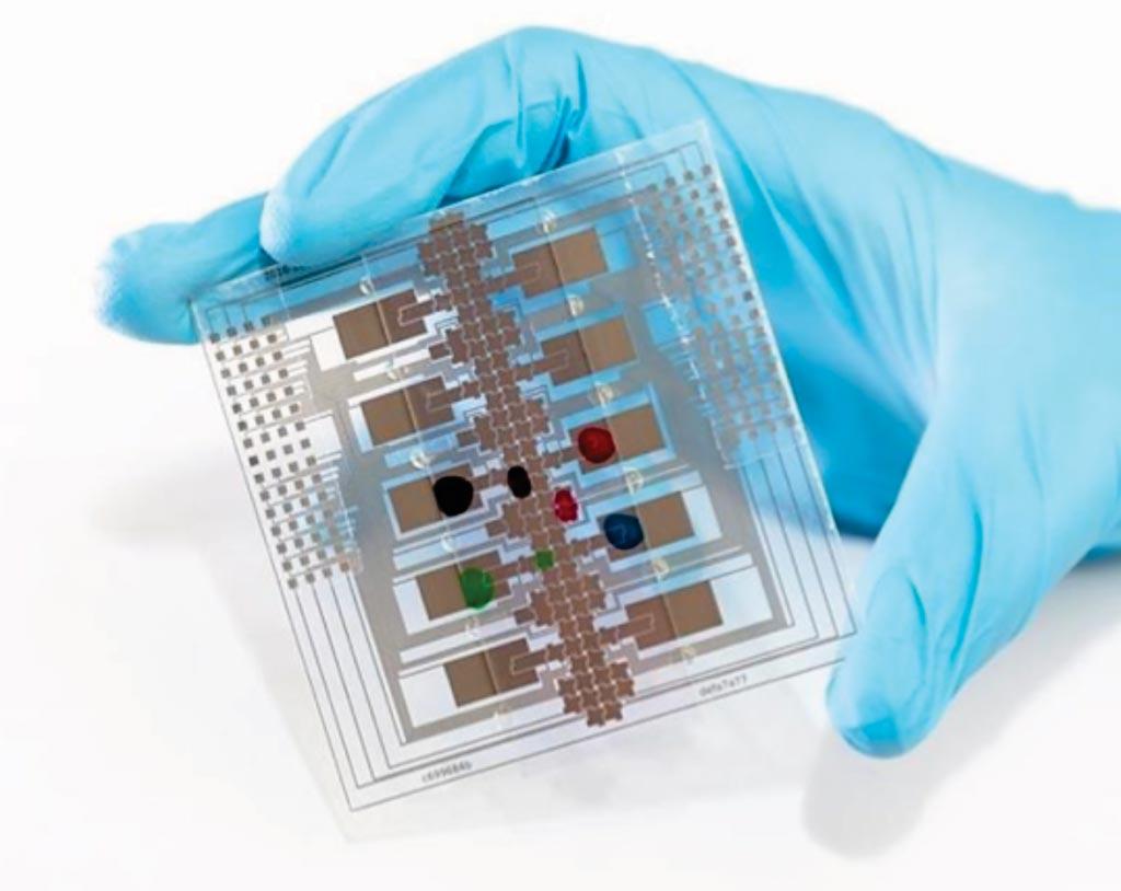 Imagen: La Caja de Sarampión y Rubéola (MRBox) es una tecnología portátil y de bajo costo para detectar el estado de infección y de inmunidad contra el sarampión y la rubéola, para uso en países en desarrollo (Fotografía cortesía de la Universidad de Toronto).