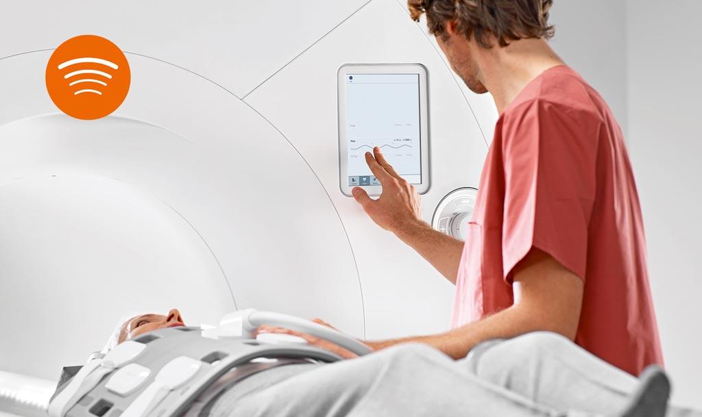 Imagen: La tecnología BioMatrix en las plataformas de resonancia magnética cuenta con sensores respiratorios, de latido y cinéticos (Fotografía cortesía de Siemens Healthineers).