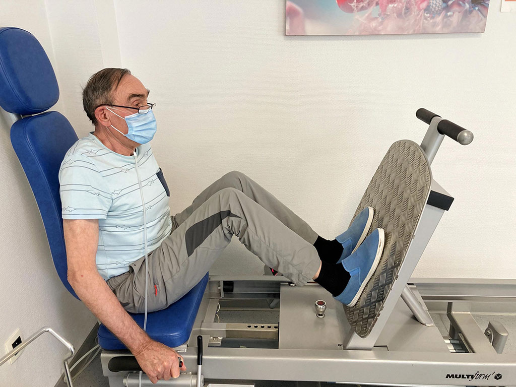 Image: Image shows a recovering COVID-19 patient taking part in rehabilitation programme (Photo courtesy of Frédéric Hérengt)