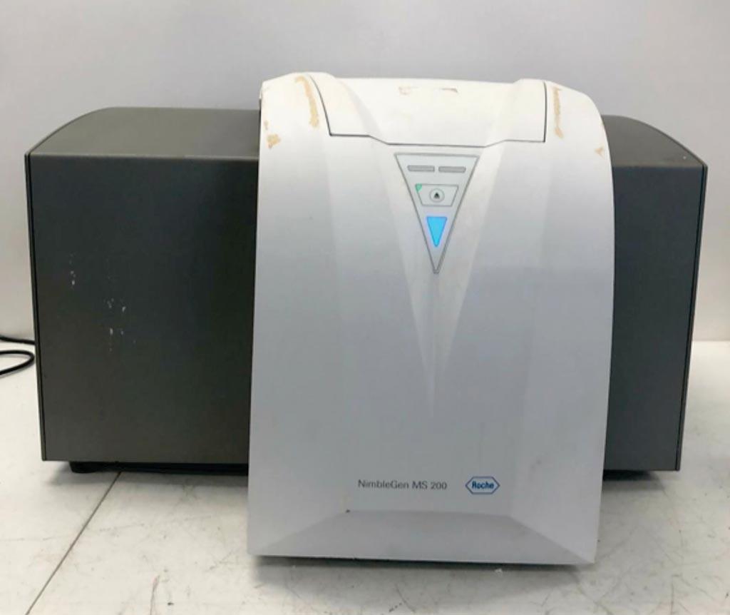 Image: The NimbleGen MS 200 CGH LOH microarray detection scanner (Photo courtesy of Roche).