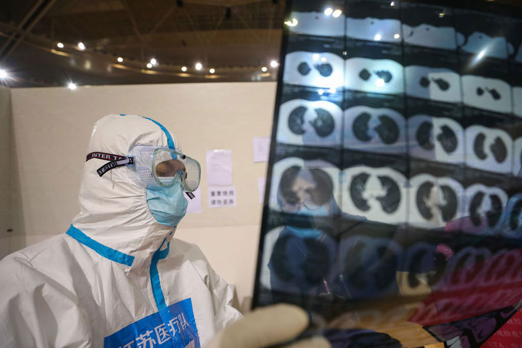 Image: The ACR does not recommend CT exams for COVID-19 patients (Photo courtesy of Getty Images)