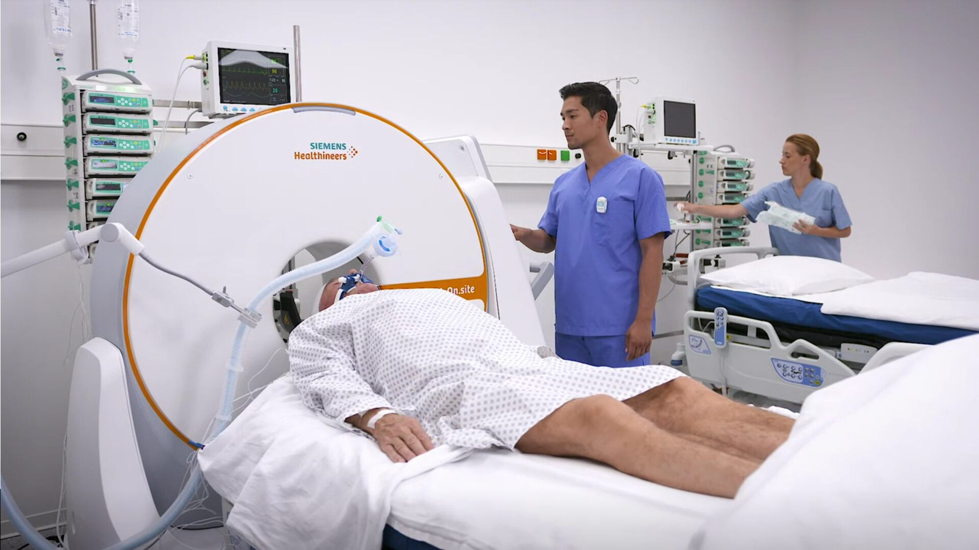 The SOMATOM On.site mobile CT scanner (Photo courtesy of Siemens)
