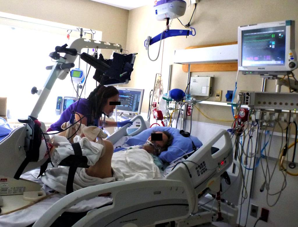 Велотренажер в ECU улучшает результаты лечения пациентов (фото любезно предоставил Мишель Кхо (Michelle Kho)/St. Joseph's).