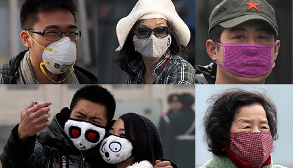 Различные типы лицевых масок, которые носят в Китае (фото предоставлено AP).
