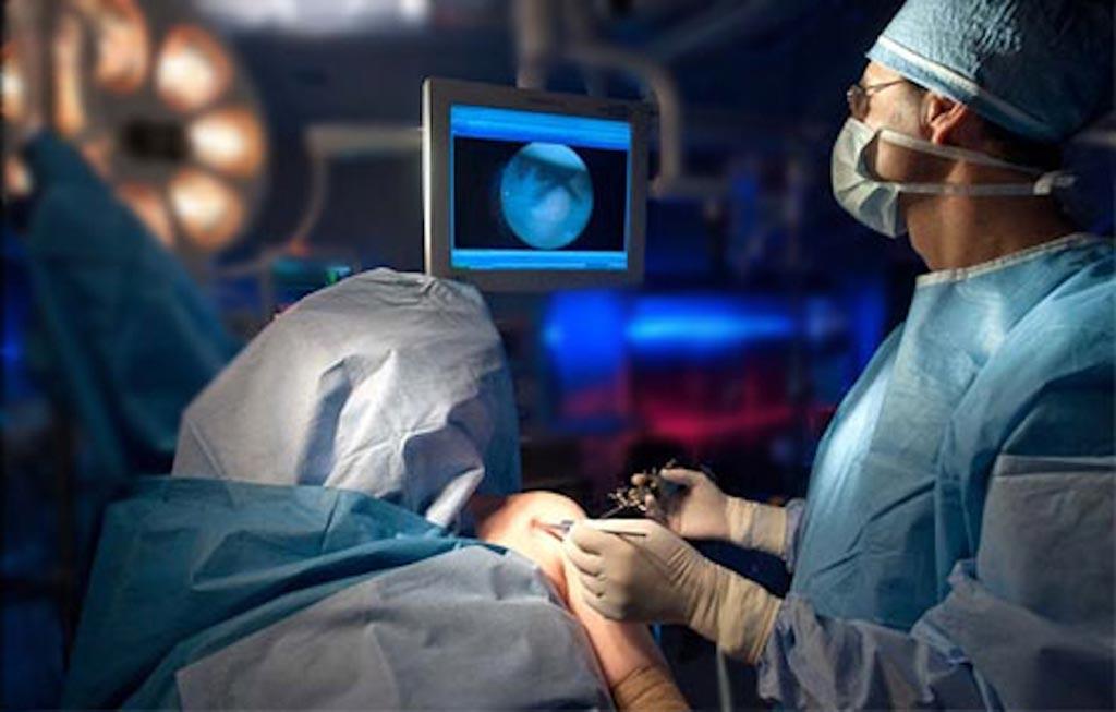 В новом исследовании предполагается, что лечение синдрома сдавления ротатора плеча артроскопически не приносит пользы (фото любезно предоставлено Shutterstock).