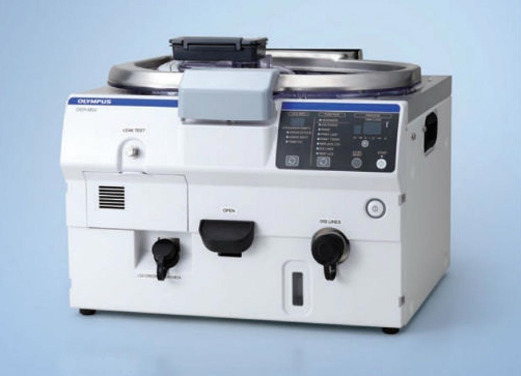 Компактный репроцессор эндоскопа повышает эффективность очистки (фото предоставлено Olympus Medical).