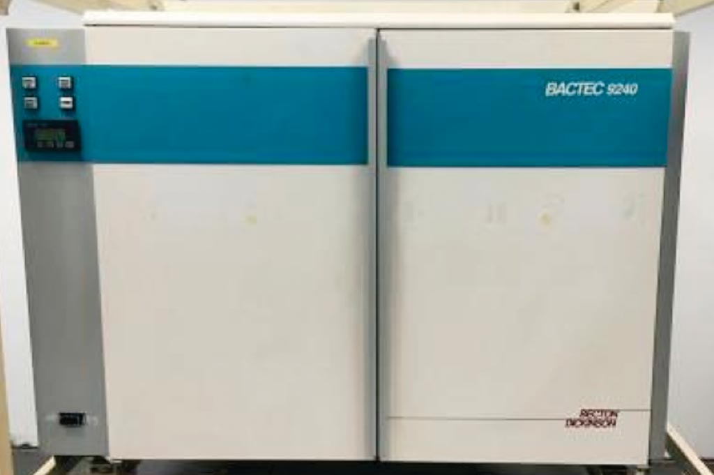 Автоматизированная система обработки гемокультур Bactec 9240 (фото любезно предоставлено Becton, Dickinson and Company).